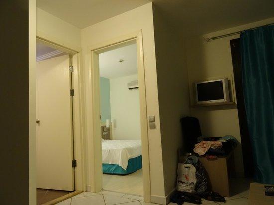 Queen Resort Hotel: room 402