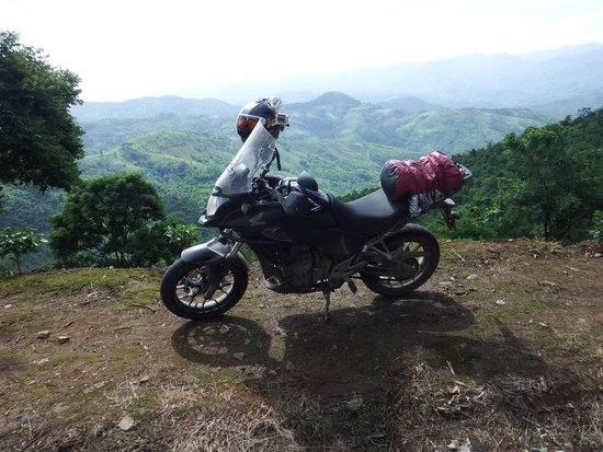 Thai Bike Tours : Checking Out Lao