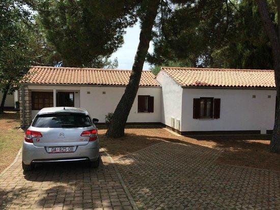 Resort Villas Rubin : Половина дома - это один 5 местный номер