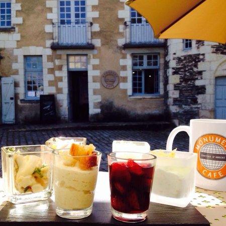 Monument Cafe Chateau d'Angers : Verrines et restaurant