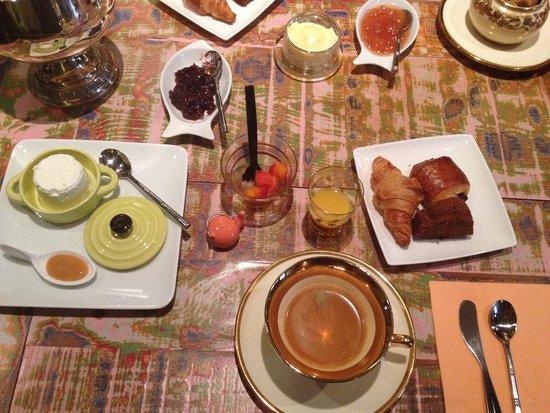 Le Secret du Chat : Breakfast