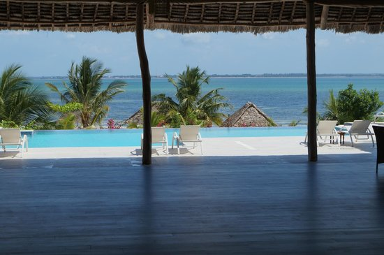 KonoKono Beach Resort: Restaurant View