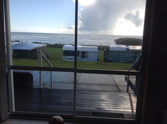 Ohope Beach TOP 10 Holiday Park: ocean view from lounge
