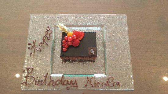 Canary Riverside Plaza Hotel: Birthday Dessert - Yummy