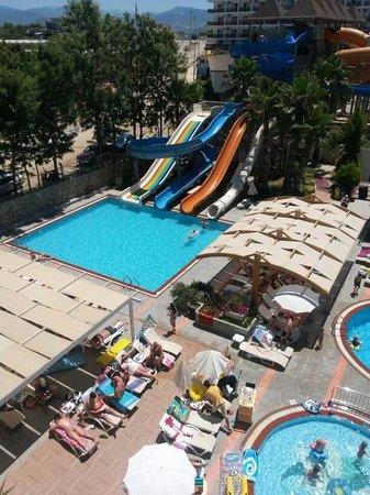 Club Mermaid Village: Slides
