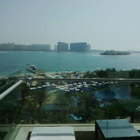 Rixos The Palm Dubai : View from a Balcony