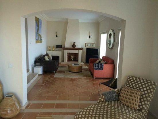 Palheiro Village: Eine seite des Wohnzimmers