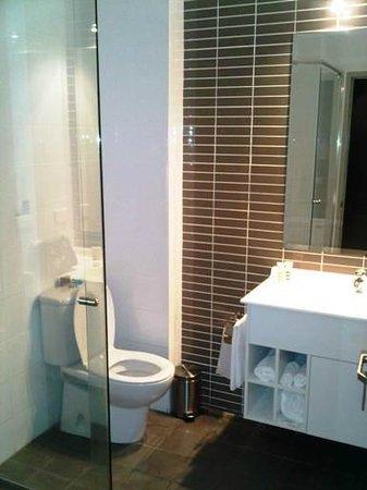 Mercure Centro Port Macquarie: Bathroom