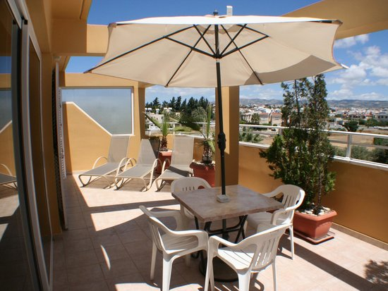 Apollonia Holiday Apartments: Two bedroom apartment (no 107)