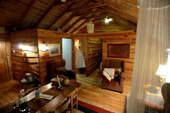 De Zeekoe Guest Farm : Wohnraum Cabin