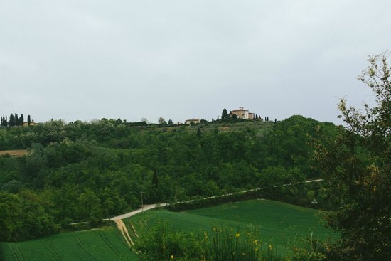 Castello di Fulignano: Castle from the hill