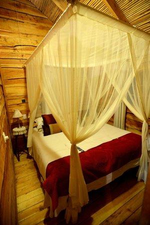De Zeekoe Guest Farm : Cabin Zimmer 2