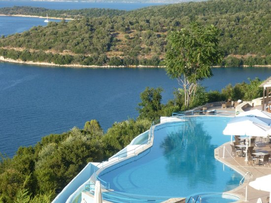 Esperides Resort Hotel: View towards the pool from balcony.