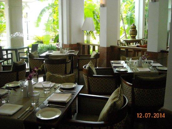 Vivanta by Taj - Malabar: sala colazione