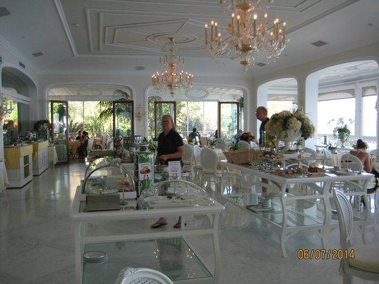 Grand Hotel Ambasciatori: hotel dining room