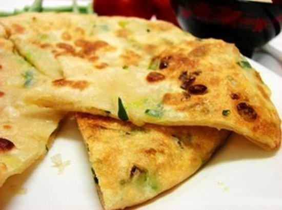 Written On Tea: 葱油饼 Spring Onion Pancake