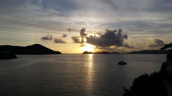 Point Pleasant Resort: Sunrise from balcony. B7