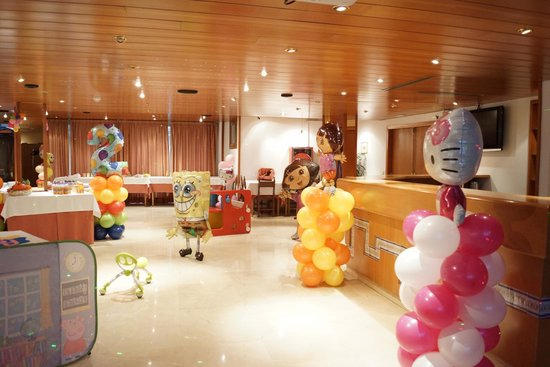 Hotel Folch: Happy PARTY