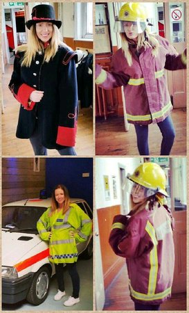National Emergency Services Museum : 👷Lots of Dressing up fun 👮