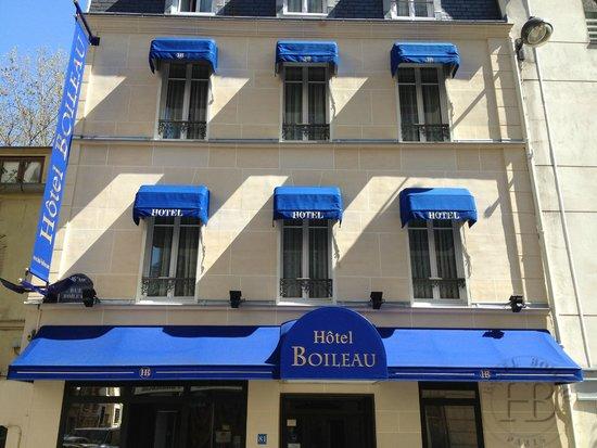 Hotel Boileau : Façade Jour