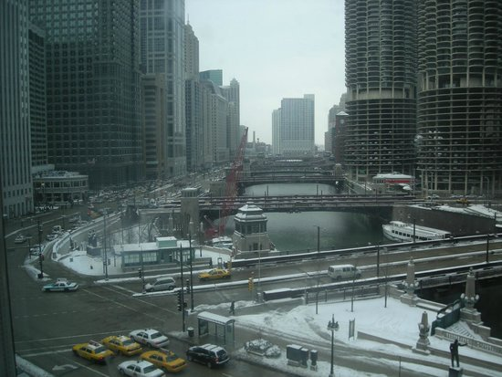 Wyndham Grand Chicago Riverfront: View from the window