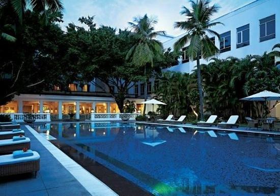 Vivanta by Taj - Connemara, Chennai: the pool