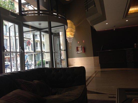 Gallery Hotel : Reception area