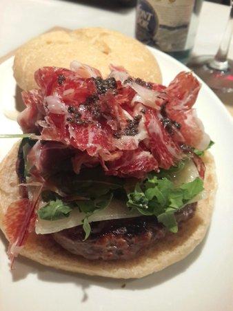 El Filete Ruso: Burger with Iberica Jamon & Truffle Oil
