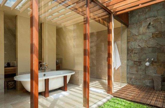 Komaneka at Tanggayuda: The signature of Bale Daje 2 bedrooms pool villa