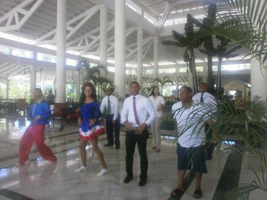Grand Bahia Principe El Portillo : goodbye song