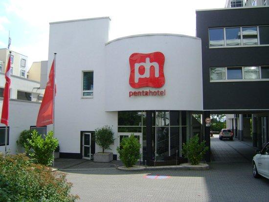 Pentahotel Wiesbaden, Wiesbaden, Alemania.