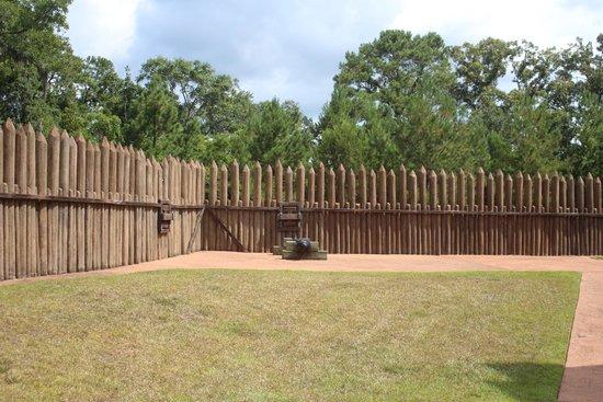 Mission San Luis de Apalachee : Fort