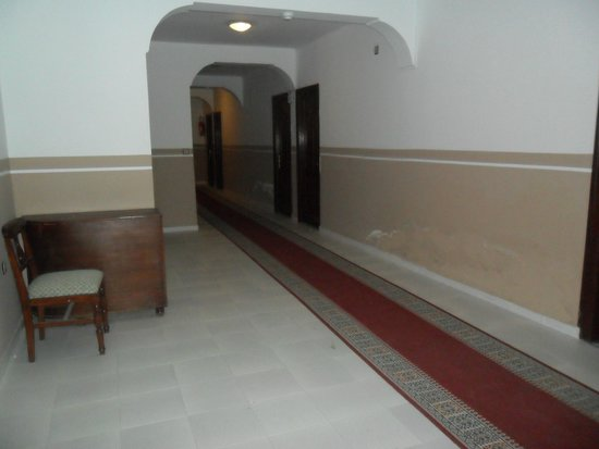 Hotel El Yacouta : Pasillos