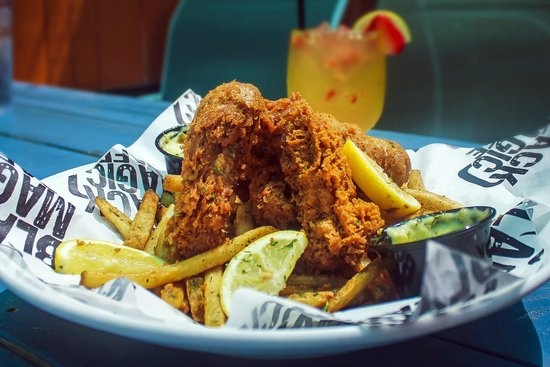 Black Magic Cafe : Fish & Chips
