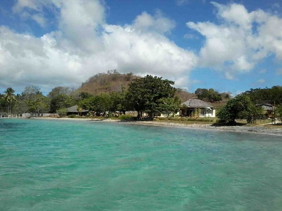 Pearl Beach Resort : from the boat clear water