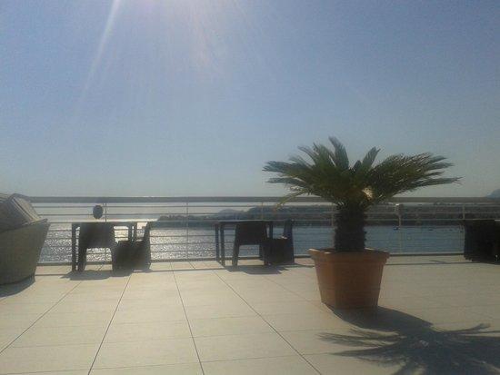 Hotel Split: Ausblick vom Pool im 7. Stock