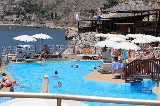 Atahotel Capotaormina: Pool area
