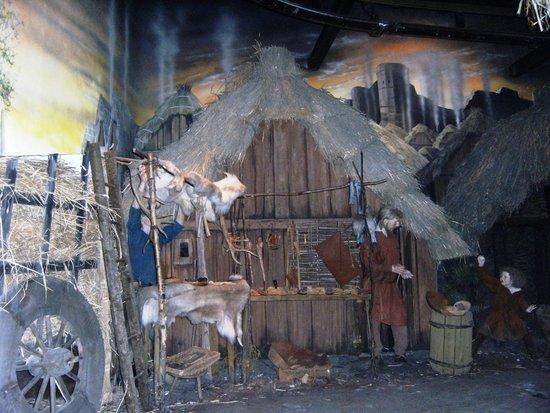 Jorvik Viking Centre TEMPORARILY CLOSED: As crianças vao amar  vendo como uma familia vivia
