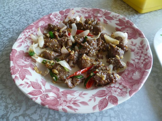 Desaru Ostrich Farm: Ostrich meat with garlic, onions and red chilli