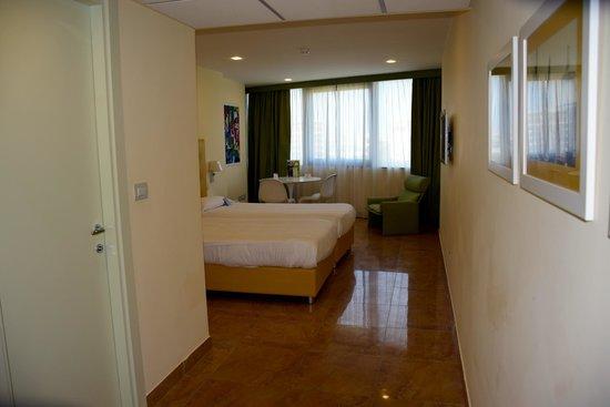 Mercure Villa Romanazzi Carducci: unser Zimmer