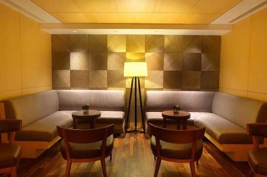 Hilton Colombo Residence: Private Rooms of the Bar & Lounge, situated on the ground floor.