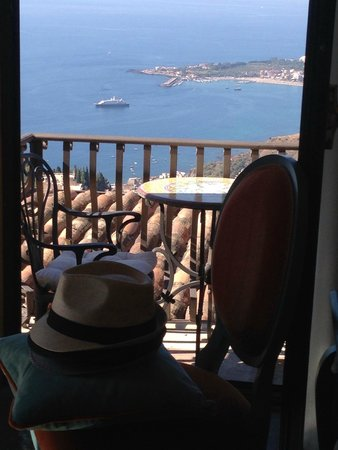 Hotel Villa Ducale: Second balcony from our room with gorgeous sea views