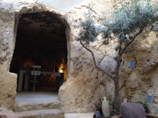 Locanda Al Moro : the grotto wine bar...