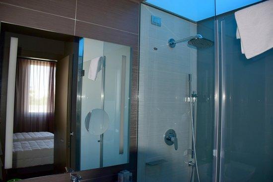 8piuhotel: unser Badezimmer