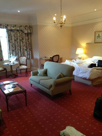 Eastwell Manor : Our Room