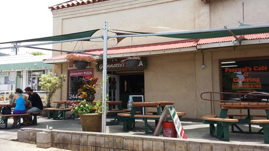 Giannotto's Pizzaria: It's pretty easy to find