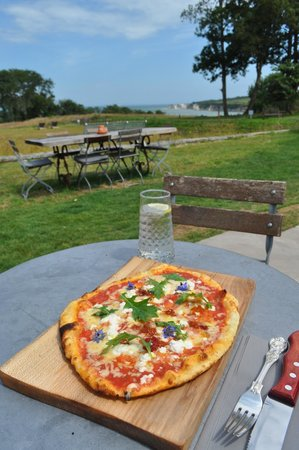 The Pig on the beach: my pizza and that view, just lush!