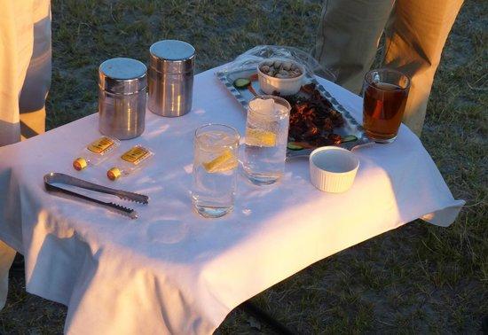 Shinde: Sunset drinks in bush