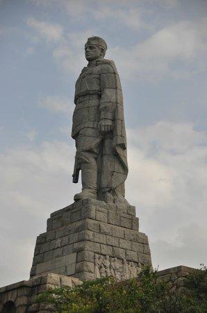 Alyosha Soviet Army Memorial : Памятник