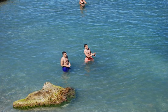 Torre del cabo Cope: Taking a dip